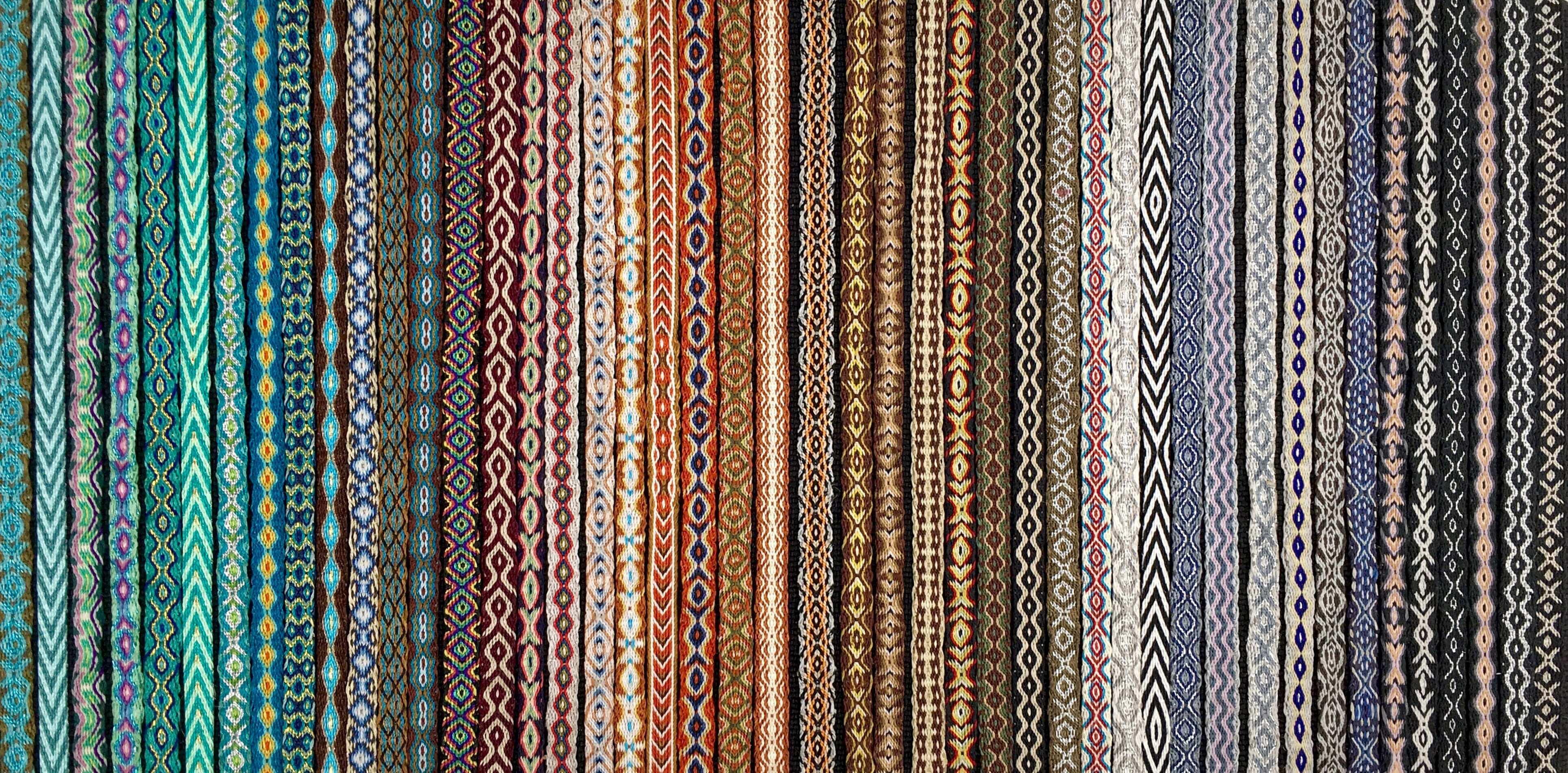 Pulseras de telar egipcio coloridas